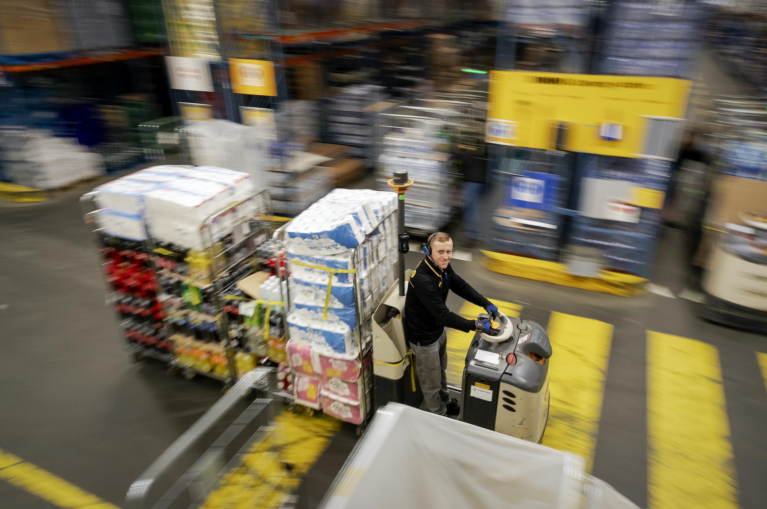 Drukte in distributiecentrum Jumbo